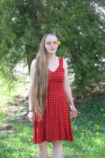 Kleid - rot mit Punkten
