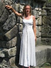 Kleid geschnürt: weiß mit Samteinsatz