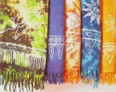 Sarong: verschiedene Farben