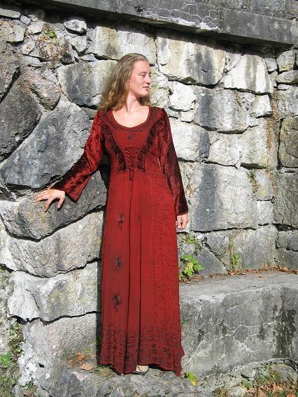 Kleid geschnürt: rot  Gr. M und XXL